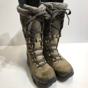 Merrell Women's Boulder Tall Snow Boot Size 10